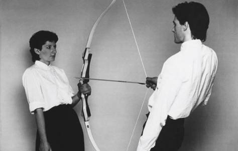 L1CtOvP8RJql5JOIc27H_marina-abramovic-rest-energy-with-ulay-1980_opt_opt (1)_opt.jpg